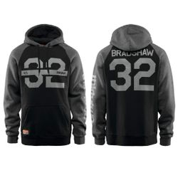 32 Marquee Hooded Pullover 2019