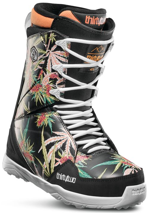 32 Lashed Alito Snowboard Boots 2020