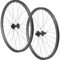 Roval Roval Traverse 27.5 Carbon 148 Wheelset