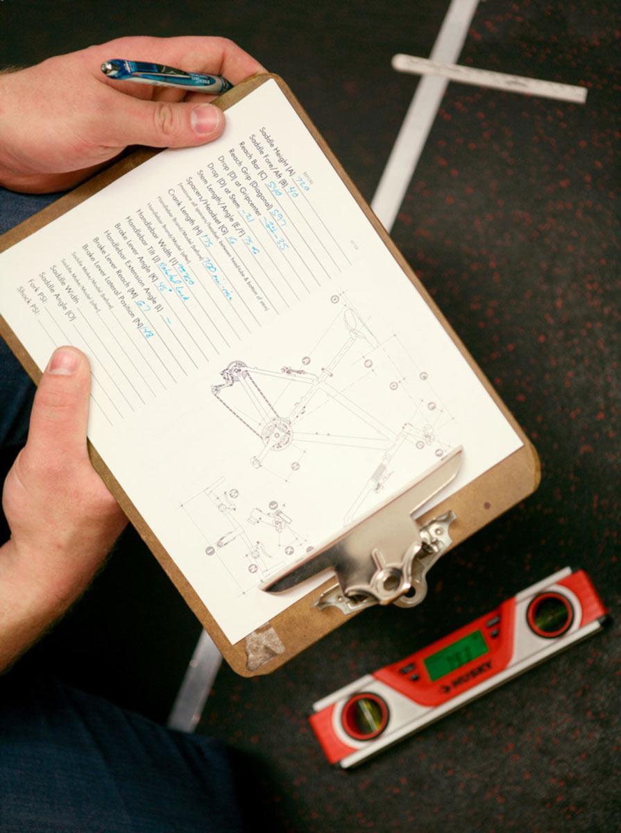 Bike Fitter using Body Geometry to take Rider Measurements